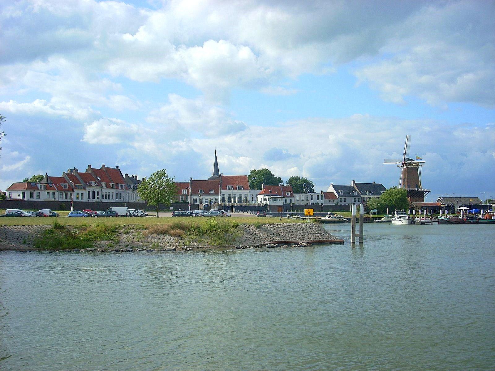 Approaching Wijk bij Duurstede