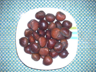 Click On - Whole Chestnuts