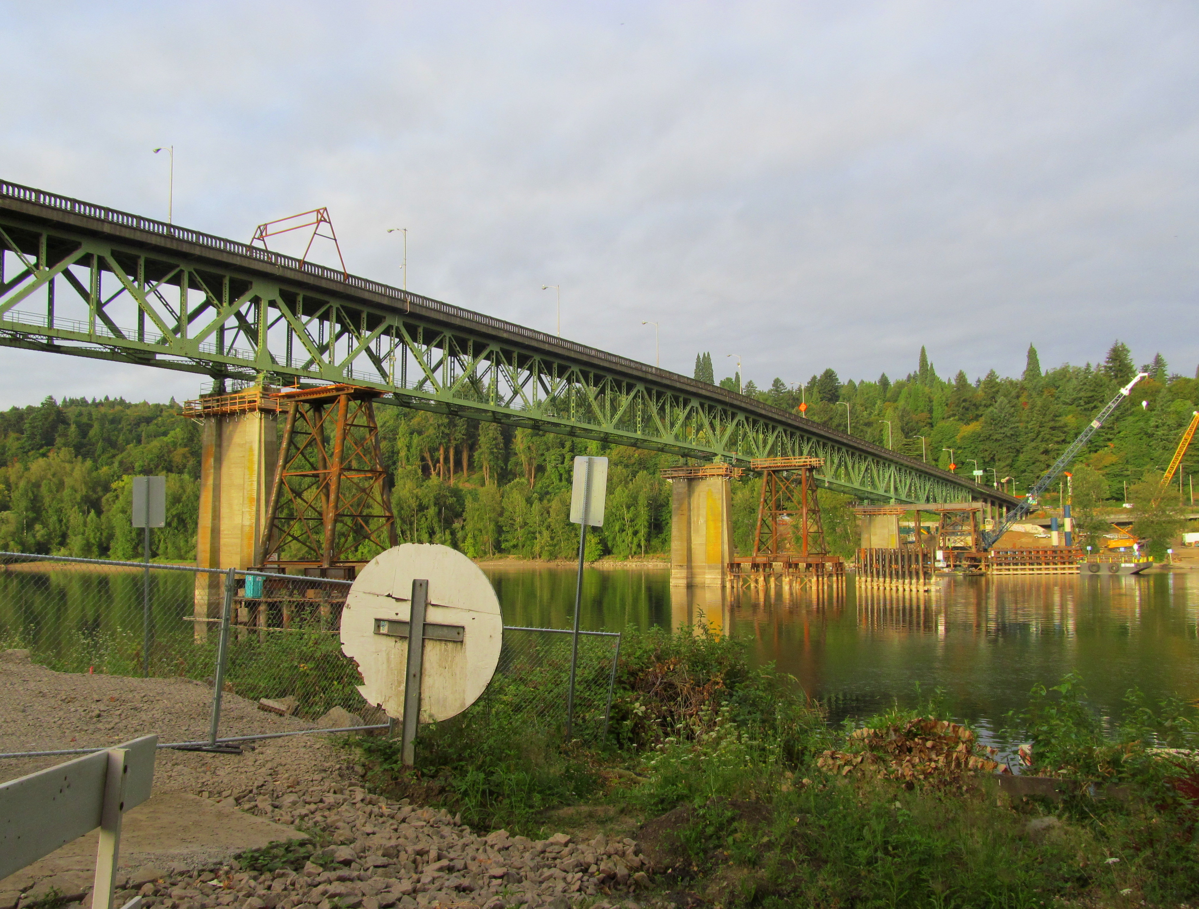 Status of Sellwood Bridge